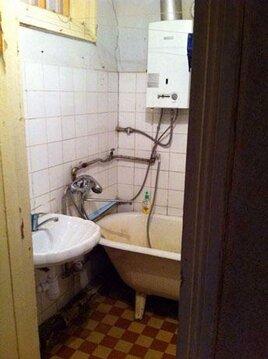 Квартира требует ремонта. С/у раздельный. Комнаты смежные.Окна во двор - Фото 5
