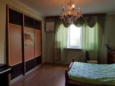 Продается просторная трехкомнатная квартира улучшенной планировки. - Фото 2