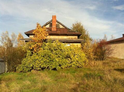 Выборг, Школьный проезд, 70 соток, здание бывшей школы. - Фото 3