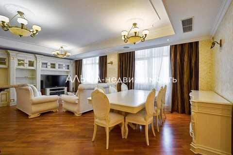 Продается 5-комн. квартира 210 м2 - Фото 1