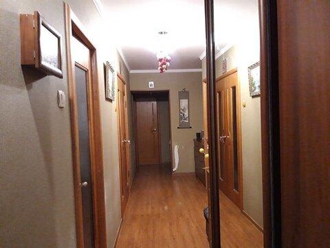 Районе Толстый мыс продается 4-х комнатная квартира, частично с мебелью - Фото 2