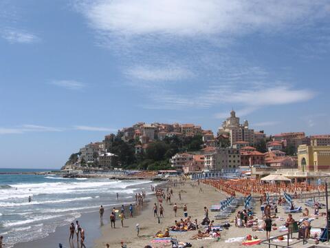 Прекрасное предложение на берегу моря в Лигурии! - Фото 1