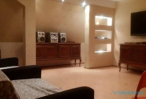 Сдается Таун-Хаус в Порошкино, 260м2, 3этажа +цок со своей отд тер-ей - Фото 1
