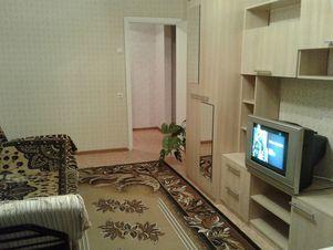 Аренда квартиры посуточно, Челябинск, Ул. Чичерина - Фото 1