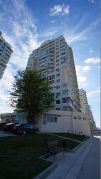 Видовая однокомнатная квартира с ремонтом в монолитном доме. - Фото 1