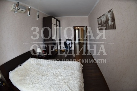 Продается 3 - комнатная квартира. Старый Оскол, Степной м-н - Фото 3