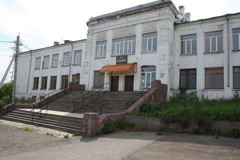 Продается нежилое здание с земельным участком - Фото 1
