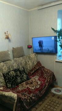 Продаю полугостинку по ул.Кукшумская 7, 3 эт, Купить комнату в квартире Чебоксар недорого, ID объекта - 700750967 - Фото 1
