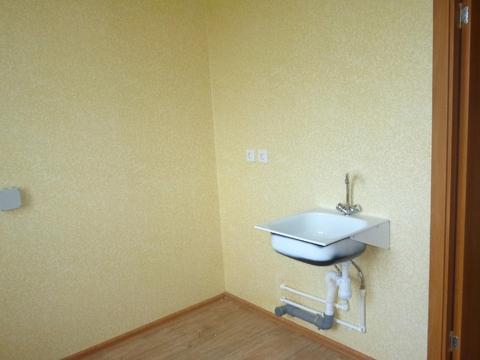 Продам 2-комнатную квартиру ул. Весенняя 34 - Фото 1