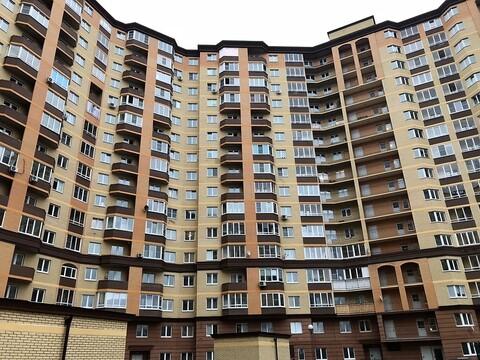 МО, г. Звенигород, Нахабинское шоссе, д. 1, к.3 - Фото 1