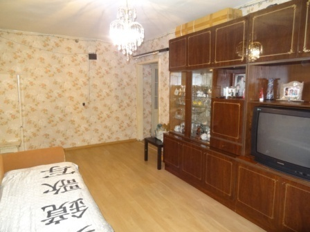 В центре г.Гатчина 3-х комнатная квартира в хорошем состоянии - Фото 5