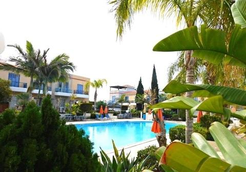 Прекрасный, угловой 3-спальный Апартамент с садом в Пафосе - Фото 3