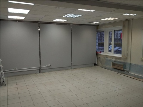 Торговое помещение 60 м2 по адресу Карла Маркса 21 (бизнес-центр . - Фото 4
