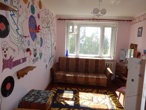 Продам комнату в двухкомнатном блоке Пскова - Фото 1