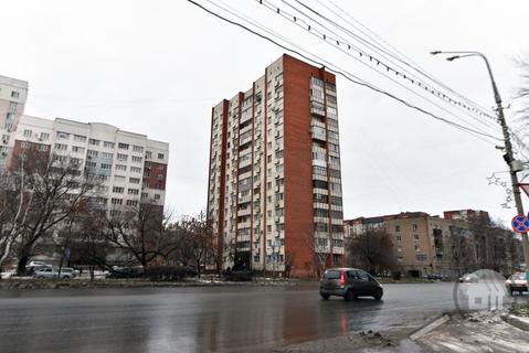Продается 2-комнатная квартира, ул. Кулакова - Фото 1