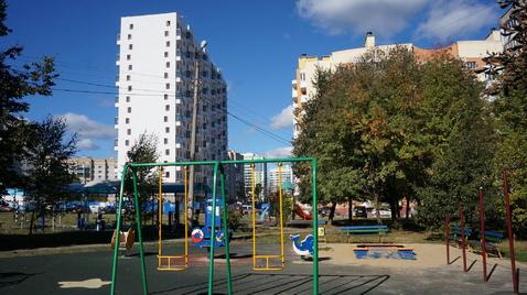 Продаю 1к.кв с ремонтом уютный двор отличное место Правый берег - Фото 1