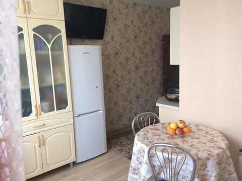 Продам 2-к квартиру, Камышин город, 6-й микрорайон 6 - Фото 1