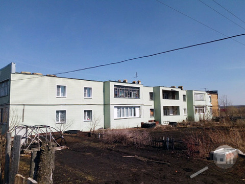 Продается 3-комнатная квартира, с. Надеждино, ул. Строителей - Фото 1