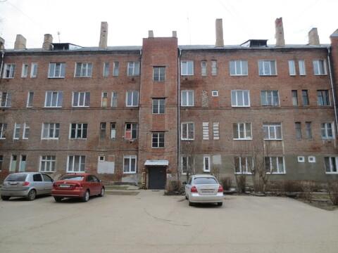 Сдам комнату 13 м2 в Серпухове, ул. Большая Профсоюзная д. 10. - Фото 1