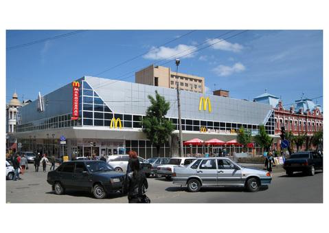 Аренда торговой площади в цум г.Астрахань, Аренда торговых помещений в Астрахани, ID объекта - 800392951 - Фото 1