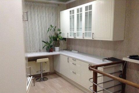 Двухуровневая квартира с евроремонтом, мебелью и техникой, Купить квартиру в Ставрополе по недорогой цене, ID объекта - 316599386 - Фото 1