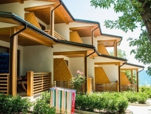 Купить гостиницу в Алупке 50 м. от моря. | - Фото 1