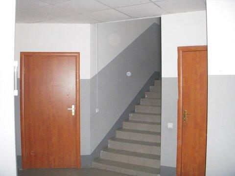 Продам универсальное отдельно стоящее двухэтажное здание 748 кв.м. - Фото 2
