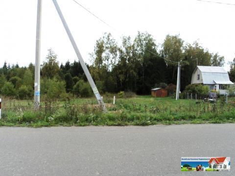 Участок 17 соток в хорошей тупиковой деревне, асфальт, свет, газ. - Фото 1