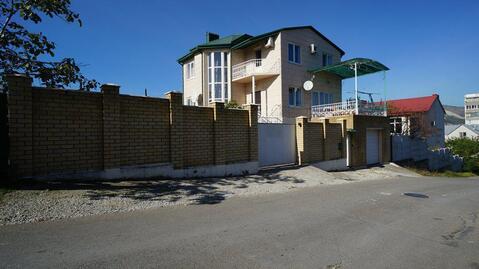 Срочная Продажа Капитального Домовладения в центре г. Новороссийска. - Фото 1