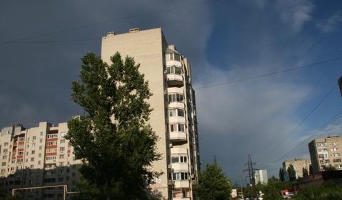 Продаю3-х комнатную квартиру по ул.Навашина - Фото 1