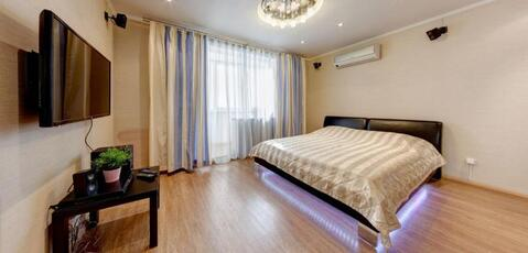 Сдам квартиру посуточно, Квартиры посуточно в Екатеринбурге, ID объекта - 316894733 - Фото 1