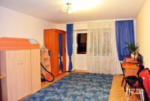 Продаётся квартира в г. Заводоуковске - Фото 1