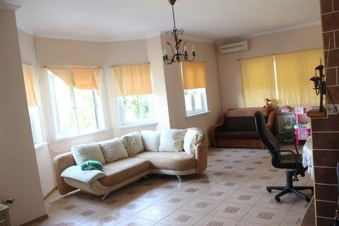 Коттедж в Сочи с ремонтом и мебелью в центральном районе - Фото 1