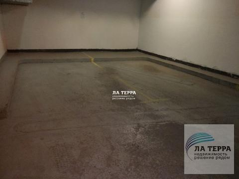 Сдается в аренду парковочное место в подземном паркинге - Фото 1