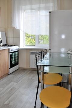 2-к. квартира на сутки в Киеве. пр-т. Героев Сталинграда 17 - Фото 1