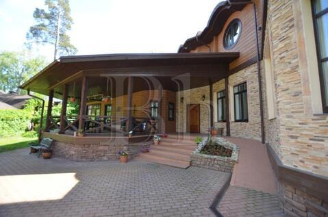 Дом 500 кв.м 26 сот. п.Ильинский, ул.Первомайская - Фото 1