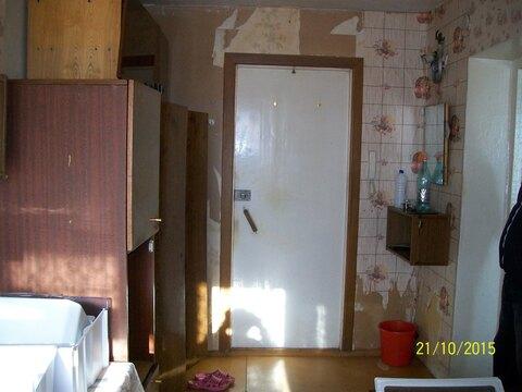 Две смежные комнаты, одна под спальню вторая кухня гостинная, в спальне . - Фото 5