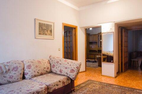 Трехкомнатная квартира в центре рядом с Площадью Октября - Фото 1