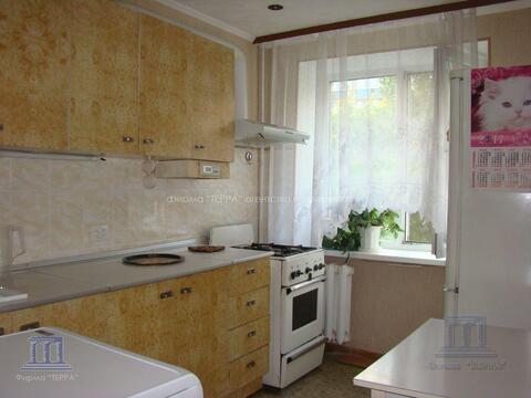 В центре города (район цгб) продается 2-х комнатная квартира - Фото 1