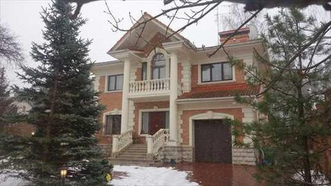 В аренду предлагается дом в Жуковке. МО, Рублево-Успенское шоссе - Фото 1