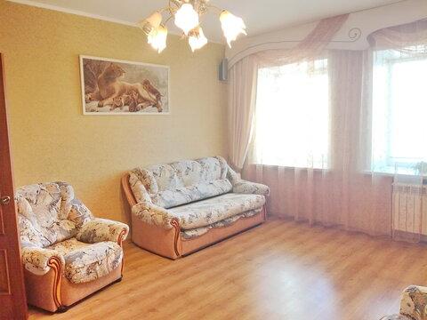 Уютная 2-х комнатная квартира на ул.Батова,70 кв.м. - Фото 1