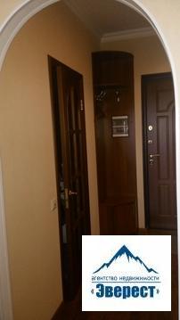 Продается квартира Студия по адресу Московская область, Щёлковский район, поселок городского типа Свердловский, улица Михаила Марченко, дом 2, общей площадью 33м2, 14 этаж 14 этажного монолитно-кирпичного дома, квартира с хорошем ремонтом, продается со всей мебелью и бытовой техникой, один взрослый собственник, в собственности с 2010 года на основании договора купли продажи, физически и юридически свободна.