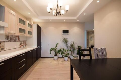 Сдам квартиру посуточно, Квартиры посуточно в Екатеринбурге, ID объекта - 317593559 - Фото 1