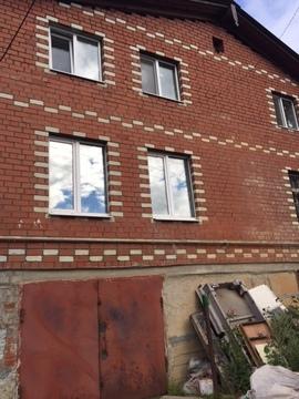 Продам 2х этажный кирпичный дом на берегу водоема - Фото 3
