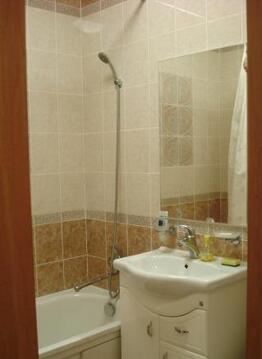 Хорошая, уютная, чистая 1-ая квартира с евроремонтом, тихий зеленый ., Аренда квартир в Ярославле, ID объекта - 316728291 - Фото 1