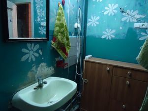 Аренда комнаты посуточно, Волгоград, Ул. Жолудева - Фото 1