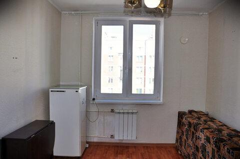 Продажа комнаты 10.6 м2 в четырехкомнатной квартире ул Соболева, д 21, . - Фото 1