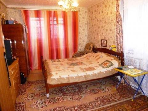 Продается 2-х комнатная квартира со своим выходом на участок. - Фото 1