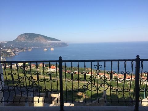 Продам дом с ремонтом и видом на море в Гурзуфе - Фото 1