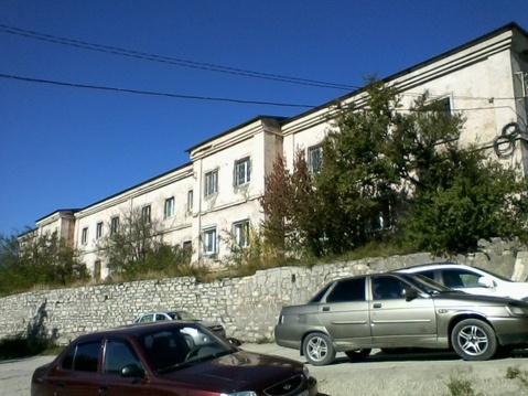 Отдельно стоящее здание площадью 960 квадратных метров на 22 сотках - Фото 1